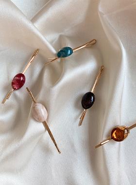 Naomi Gemstone Pin