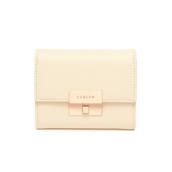 Carlyn Madison Wallet W79362010(I)