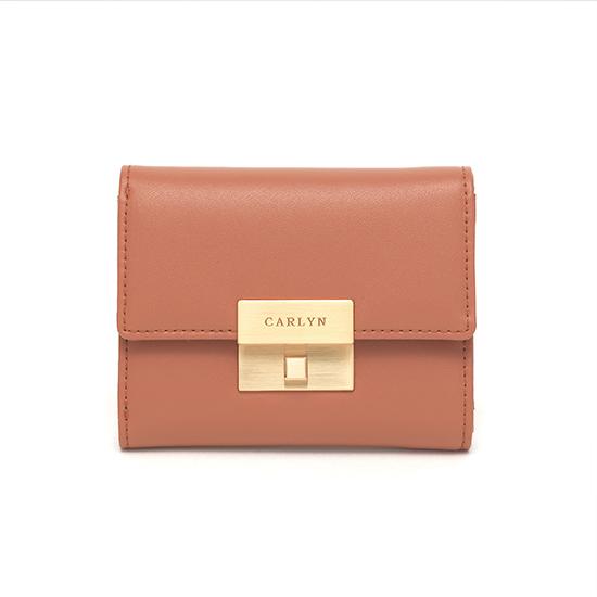 Carlyn Madison Wallet W79362010(Q)