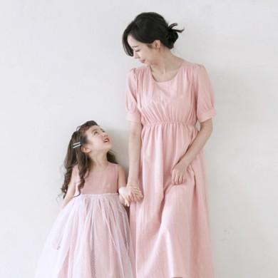 伊丽莎(Elisha)短袖体恤妈妈和宝宝21B11WK /全家福,全家福服装