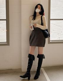 Wool volume skirt