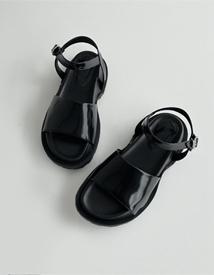 1243 black sandal ♩