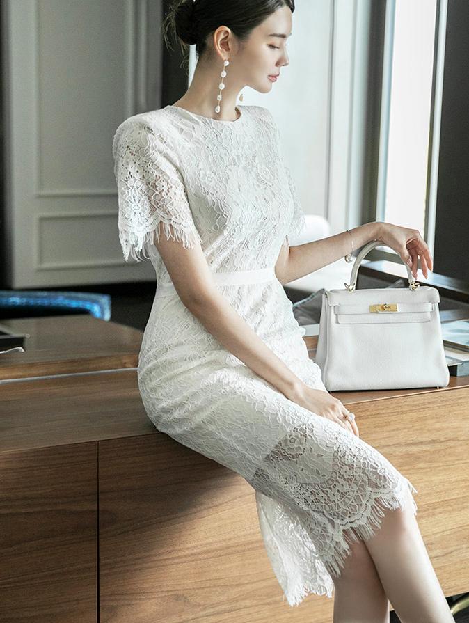 D4058 蕾丝图纹连身裙