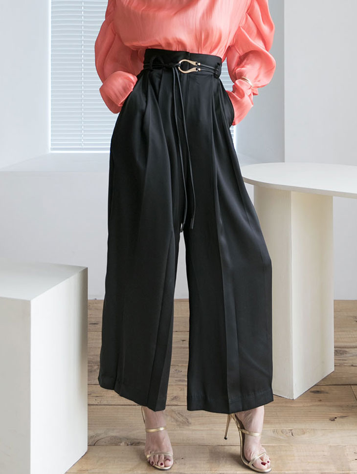 P2268 光泽宽裕裤(腰带组合)