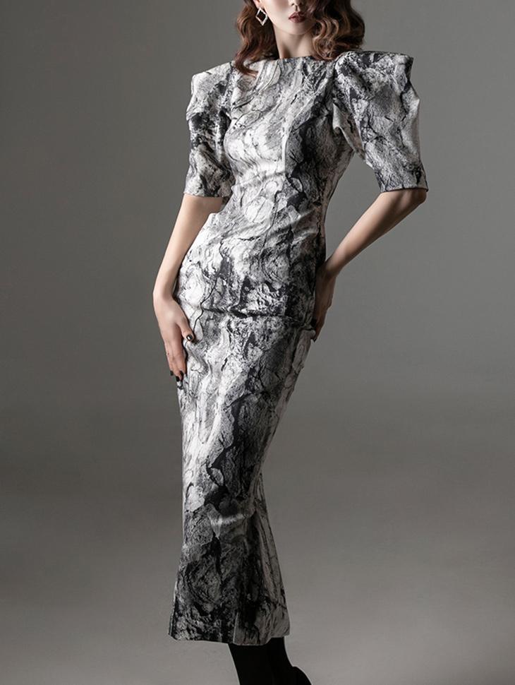 D9213 水洗感肩修身连身裙