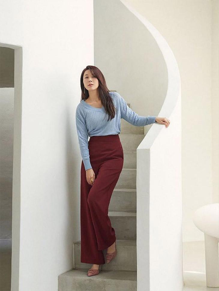 DINT CELEB<br><br> <b>First Look</b><br> Kim Haneul<br><br> P9059
