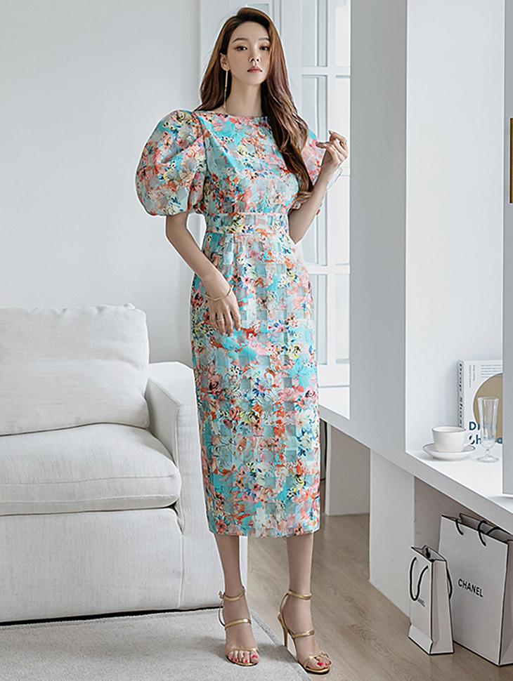 D9241 花纹宽袖透视方形长版连身裙