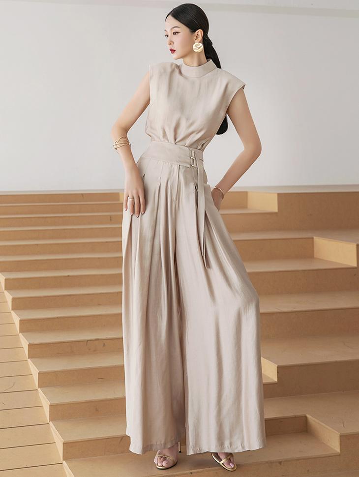 D4301 纬缎无袖细褶宽裕裤两件式套装