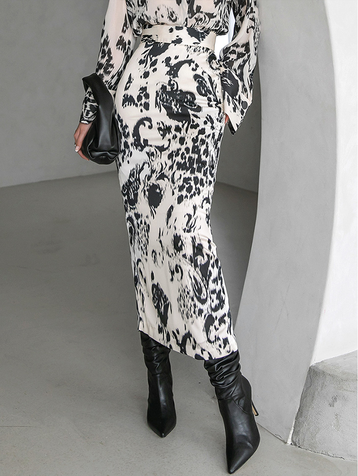 SK9106 豹纹修身中长裙