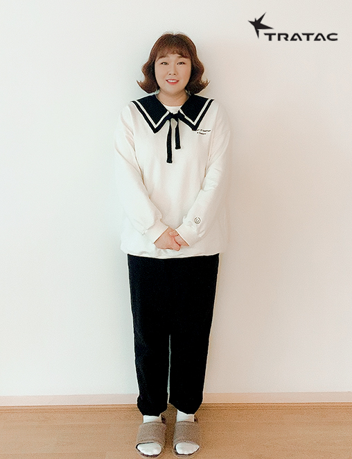 [Sponsored photo by Minkyung Kim] Advertisement'Tratec' wearing live commerce