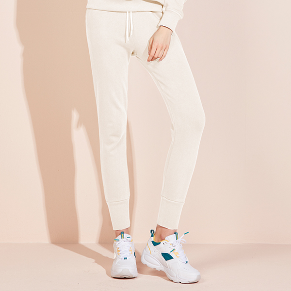 Icon logo jogger pants <br> Cream White