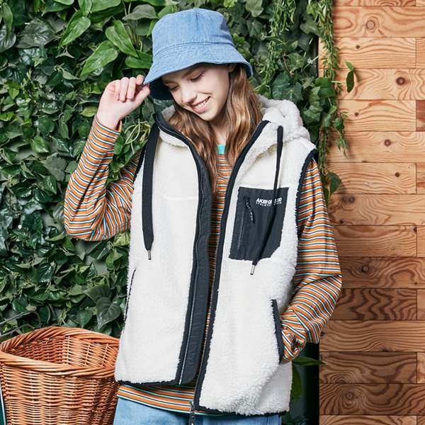 "<font color=""red"">2020 F/W new release!</font> <br> Booklet Fleece Hood Best <br> Ivory (male and female)"
