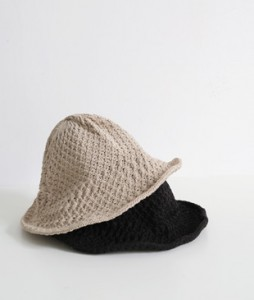 <br> Wire Knitting Hat <br><br>