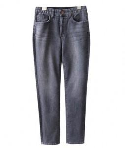 <br> Fast-Bending Gray Skinny Jeans <br><br>