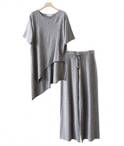 <br> Uncut Knit Pants Set <br><br>