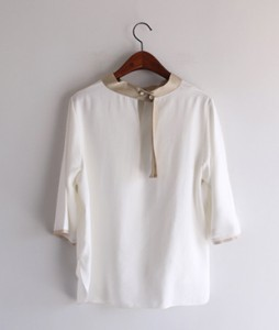 Pearl key point blouse<br>