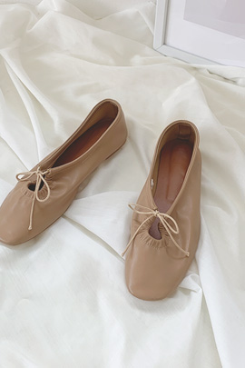 Daily ribbon shoes