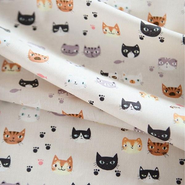 "Cotton sheeting-Imaginary Cat(44"")"