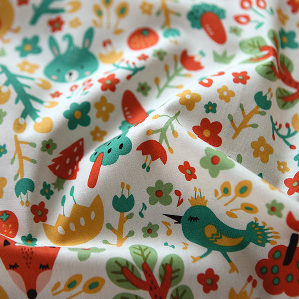 """Cotton sheeting-Mallang Luna Hello Forest Friends Tagging White(44"""")"""