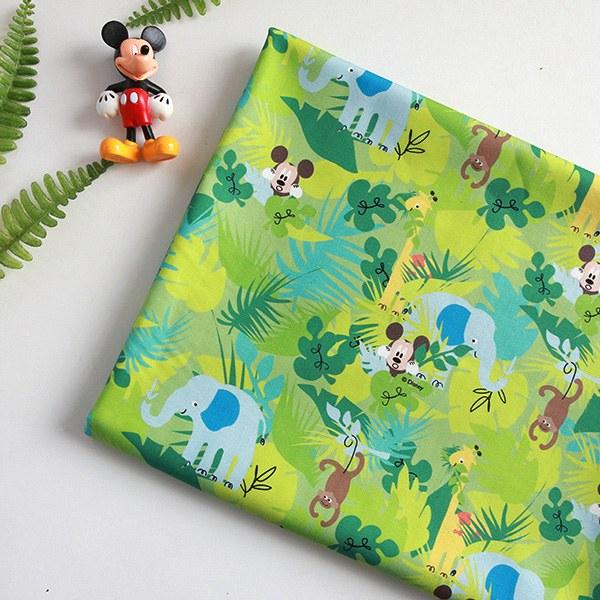 "Cotton sheeting-Disney-Mickey Jungle Trip(44"")"