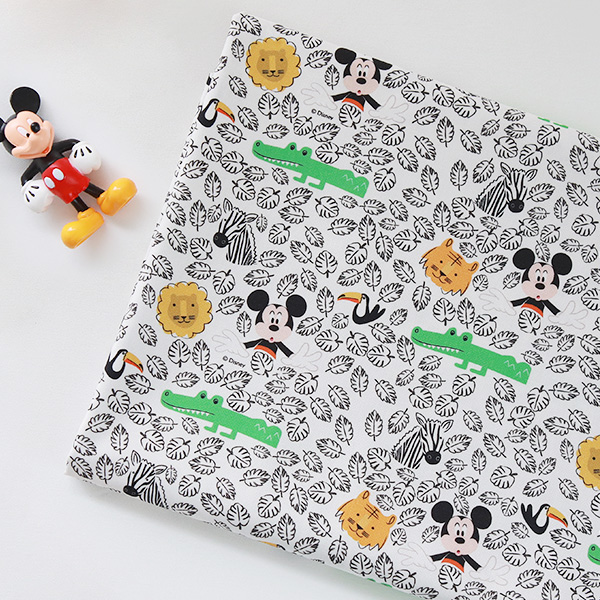 "Cotton sheeting - Disney - Mickey Extreme(44"")"