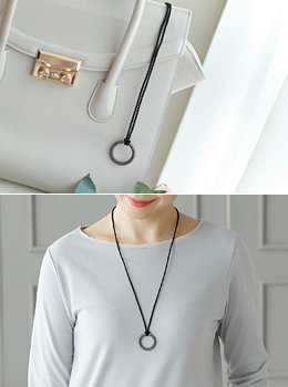 [6Y-AC015] Round Ring Pendant Necklace