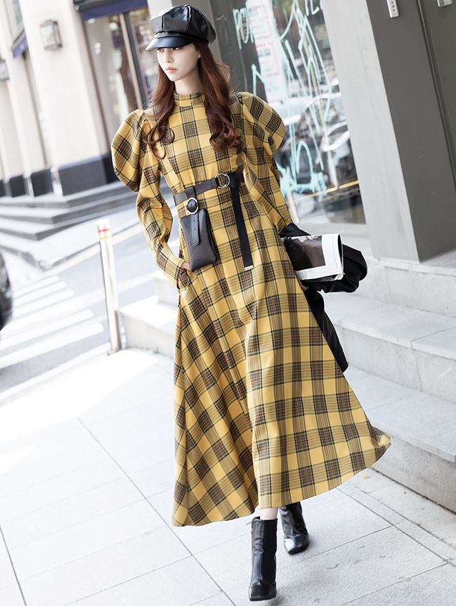 D9107 Check Puff Dress