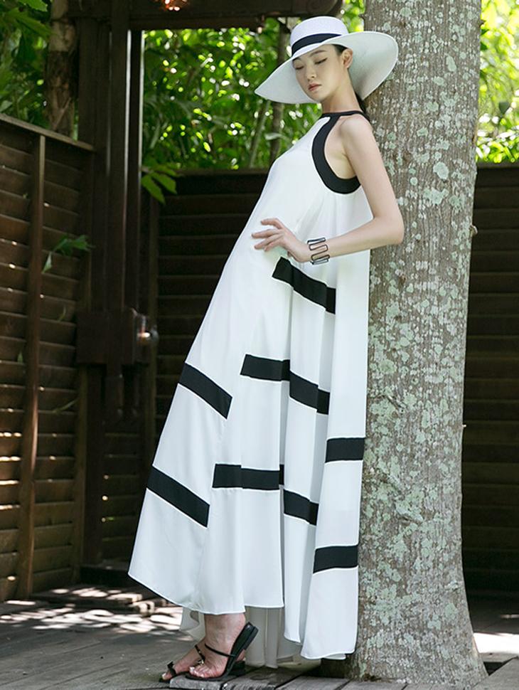 D9097 Point Line Dress