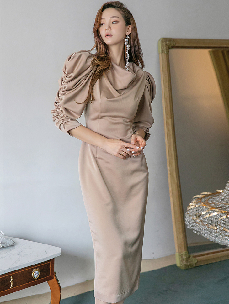 D9218 Drape Shirring Long Dress