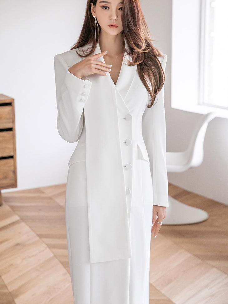 D9217 Royal drop Collar Slim medium Dress