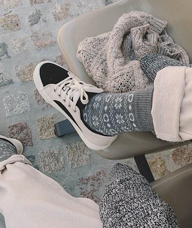 Snow Flower Socks
