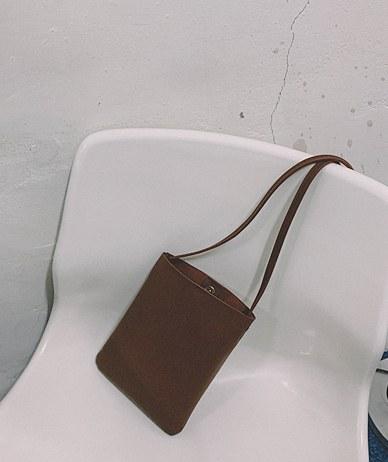Tie Cross Bag