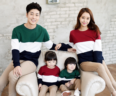 """Brushed trio color scheme Man to man family long sleeve_14D01 <font color=""""#FF6666""""><strong>[Order available]</strong></font>"""