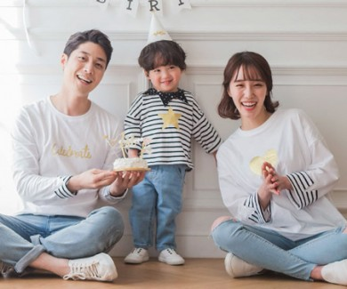 "<font color=""ffffff"">[Family long sleeve tee & family look] <br></font> family twinkle long sleeve 19A03 / familyLook, Family Tee"