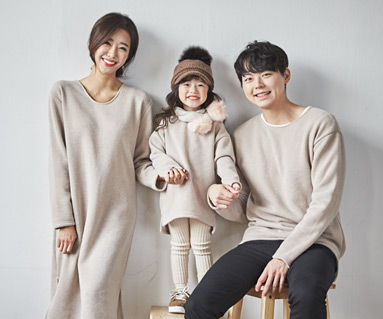 "<font color=""ffffff"">[Family long sleeve tea & family look]<br></font> family knit mocha long sleeve 19D02<font color=""red""><b> </b></font>"