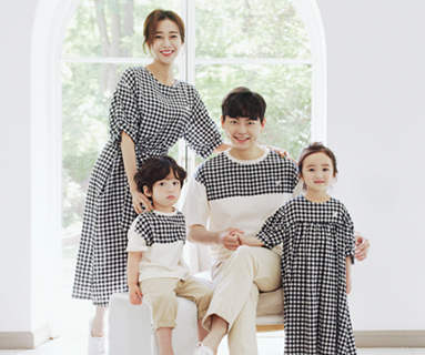"<font color=""ffffff"">[Family short T-shirts tea & family look] <br></font> Apple Jam Family short T-shirts 20B05/ Family Look, Family Photo Costume <font color=""red""><b> </b></font>"