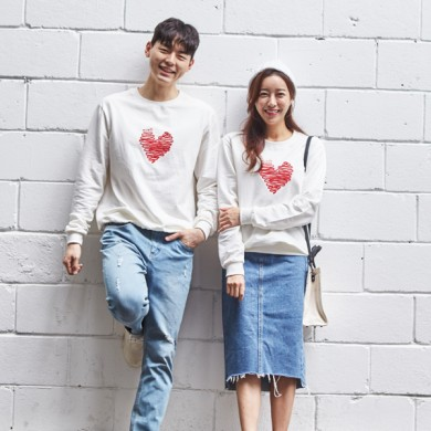 """<font color=""""ffffff"""">[Family Long Sleeve Tee & Family Look]<br></font> Unisex Yarn Love Man to man 20C03<font color=""""red""""><b> </b></font>"""