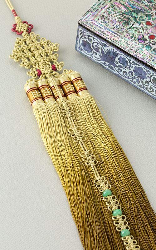 1039582 - [나스첸카 NASCHENKA] 황금 견사 노리개 술 _ 견사 노리개술