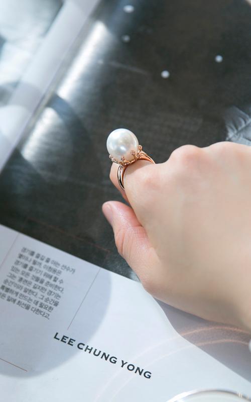 1055253 - [나스첸카 NASCHENKA] 저 달을 친구로 만들어 _ 14K 진주 반지