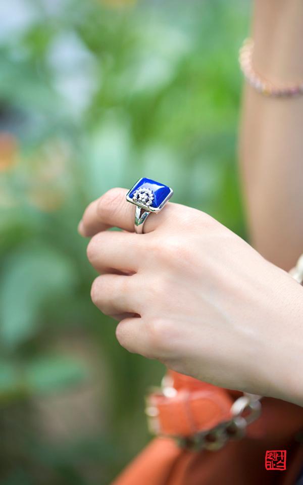 1133779 - [나스첸카 NASCHENKA] 로얄 블루 콤팩트 _ Lapiz 청금석 반지