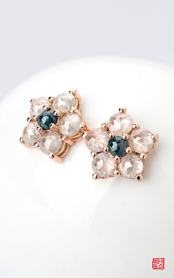 1474180 - [나스첸카 NASCHENKA] 별이 쏟아지다 _ 14K 다이아몬드 귀걸이