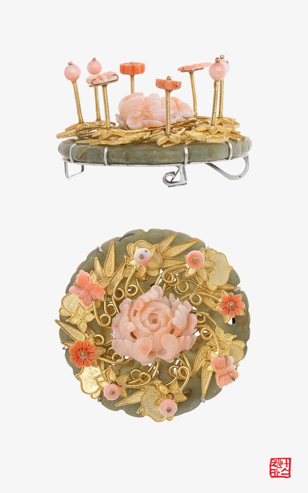1352397 - [나스첸카 NASCHENKA] 서울의 강강수월래 _ 산호 브로치 옥 한복 브로치 Unique Korean traditional jewelry