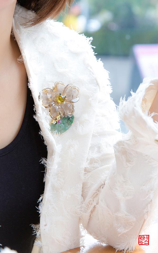 1310678 - [나스첸카 NASCHENKA] 꽃처럼 사랑해줄건가요 8 _ 금침수정 브로치 비취 브로치