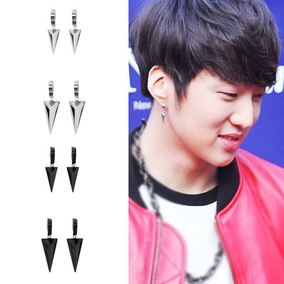 Korea popular idol WINNER items! Triangle points Chic one-touch earring