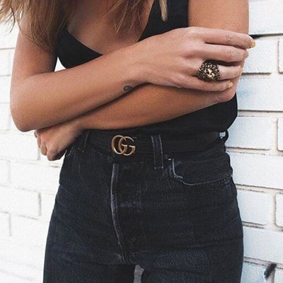 SMALL GOLD TWIN LOGO LEATHER BELT