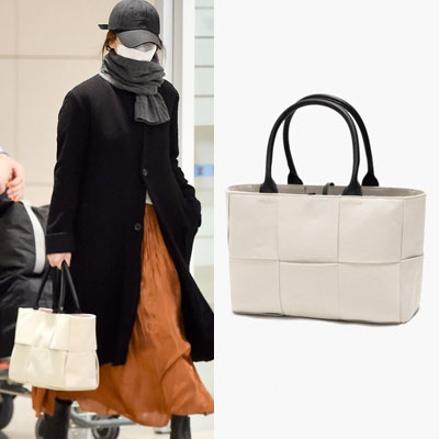 [UNISEX] Song Hyekyo st. LEATHER STRAP LARGE TOTE BAG