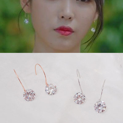 [K-drama/Hotel DELUNA/IU st.] CUBIC HOOK PIERCE (2color)