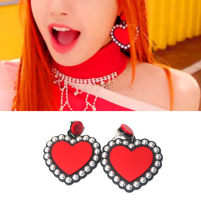 BLACKPINK/LISA st. BIG HEART PEARL PIERCE