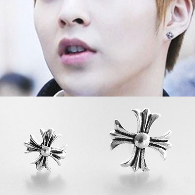 [UNISEX] EXO st. GOTHIC CROSS PIERCING (2type)