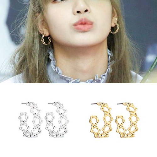 BLACKPINK/LISA st. MULTI STAR CURVE PIERCE (2color)